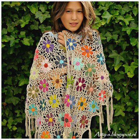 Pashmina Motif Flowers 1 foto tutorial chal de flores a crochet tutoriales crochet shawl and