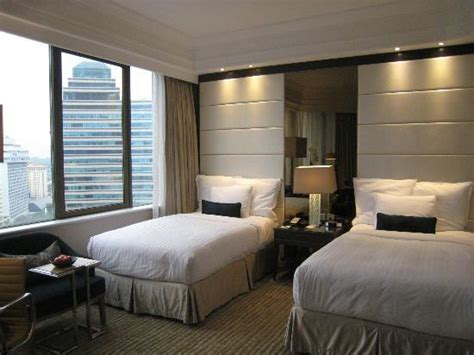 marriott hotel rooms view from our room picture of singapore marriott tang plaza hotel singapore tripadvisor