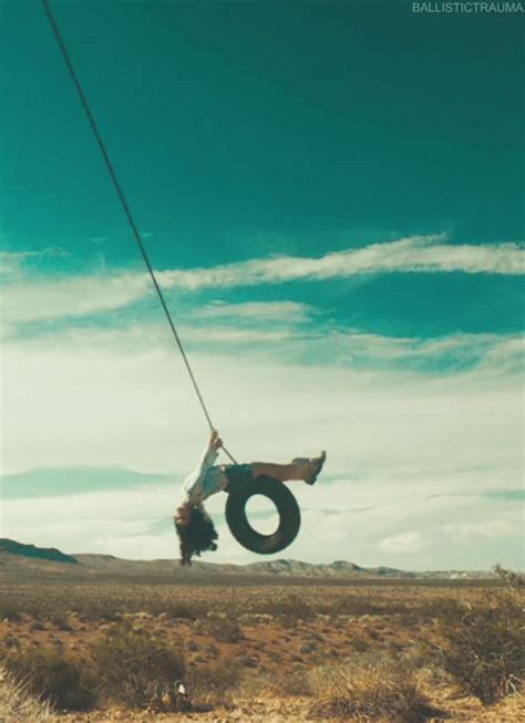 lana del rey tire swing ldr gif find share on giphy