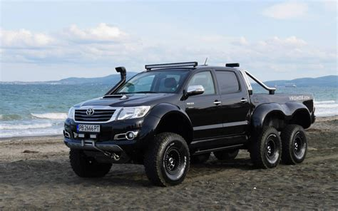 image 2015 toyota hilux 6x6 by vromos size 1024 x 640