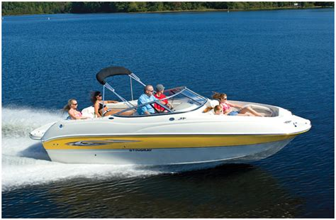 stingray deck boat research stingray boats 220dr deck boat on iboats