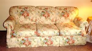 unique upon it gig harbor for sale bassett floral sofa