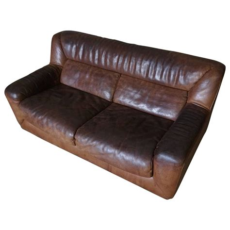 buffalo hide sofa two seater buffalo hide sofa by de sede at 1stdibs