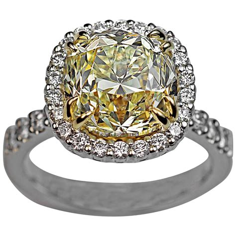 Ausgefallene Ringe by 5 37 Carat Fancy Light Yellow Cushion Cut