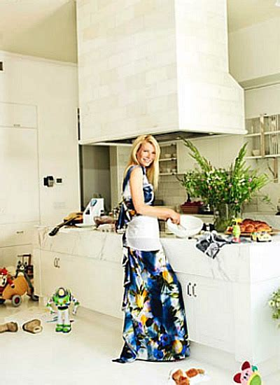 gwyneth paltrow house famous folk at home chris martin and gwyneth paltrow s