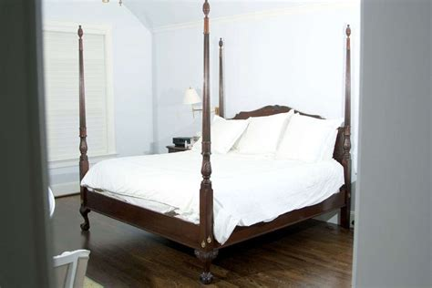 Four Poster King Bed by Four Poster King Size Mahogany Bed At 1stdibs