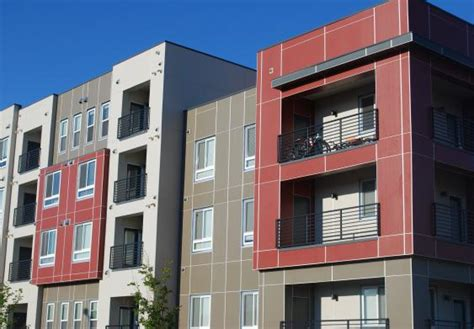 Apartment Communities Denver Bluff Lake Apartments Stapleton Denver