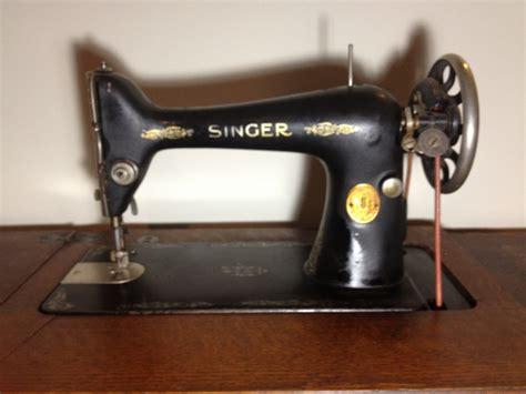 how much is a singer sewing machine table worth 1929 antique singer sewing machine antique appraisal