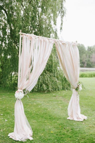 wedding arches canada 1000 ideas about burlap wedding arch on burlap weddings weddings and wedding arches