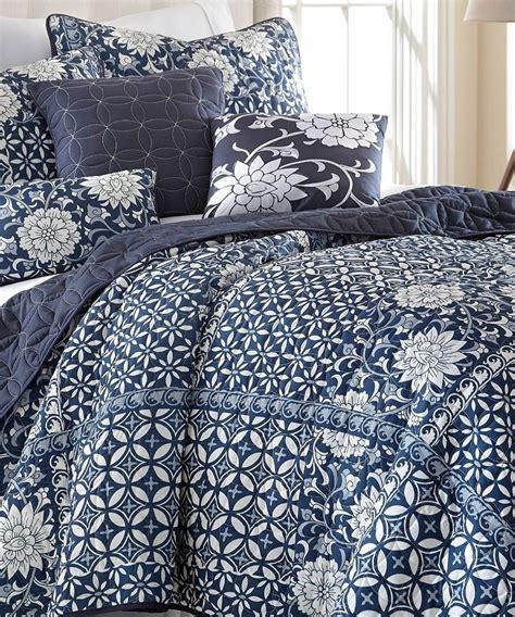 cobalt blue comforter 1000 images about comfy on pinterest cobalt blue