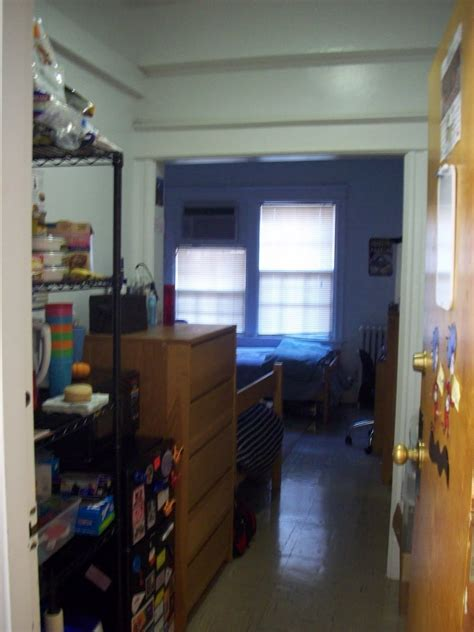 room gwu gw admissions student freshman residence halls part one