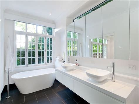 Modern Queenslander Bathroom Photo Of A Bathroom Design From A Real Australian House