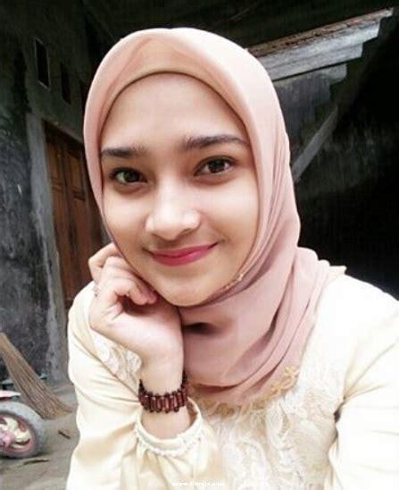 wanita 2 tercantik dunia muslim kumpulan foto wanita muslimah cantik indonesia liat aja