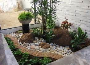 high resolution small rock garden ideas 7 small front yard tropical landscaping ideas