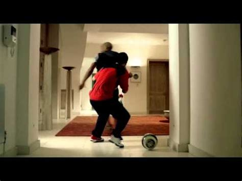 Gamis Nyke thierry henry home nike advert