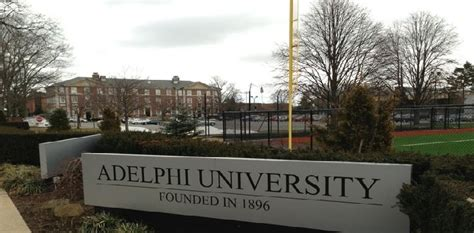 Adelphi Mba Gmat Score by Adelphi Garden City New York U S