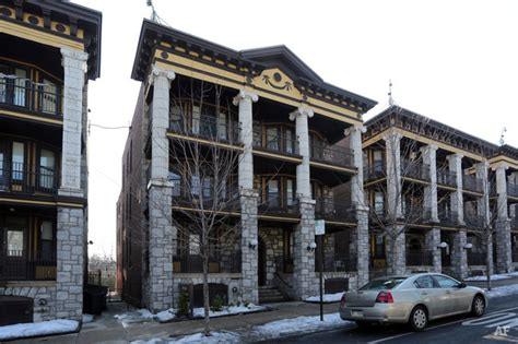 philadelphia appartments breslyn house philadelphia pa apartment finder