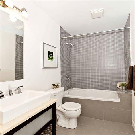 desain dinding kamar elegan 26 desain kamar mandi sederhana minimalis terbaru 2018