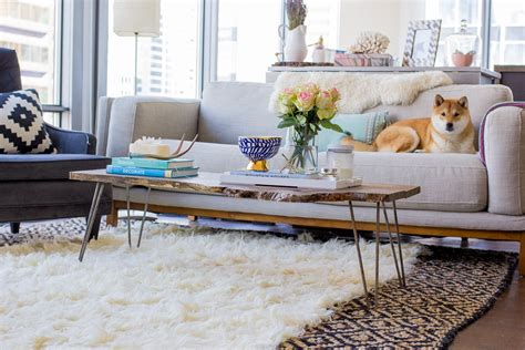 6 Ways To Layer Rugs An Interior Trend That Is Here To Stay Layering Area Rugs