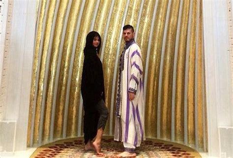 gigi hadid muslim abu dubai masjid images check out abu dubai masjid images