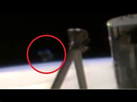 iss feed did nasa cut the iss feed because of a ufo in the