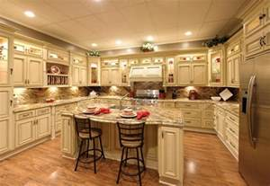 Kitchens With Antique White Cabinets by Antique White Kitchen Cabinets With Granite