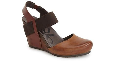 otbt wedge sandals otbt rexburg leather wedge sandals in black new black