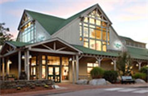l l bean flagship store freeport station