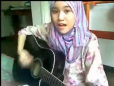 cara bermain gitar najwa latif gadis cantik pintar main gitar najwa latif cinta muka