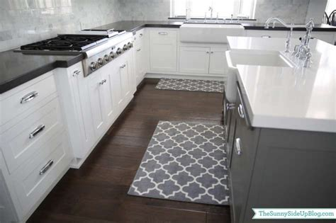 kitchen runners for hardwood floors 25 stunning picture for choosing the kitchen rugs