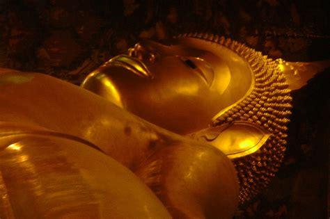Buddha Reclining by Bangkok Adventure 2 Aussie In