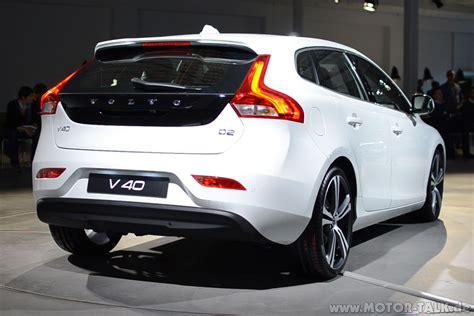 white volvo v40 officieel volvo v40 autoweek nl