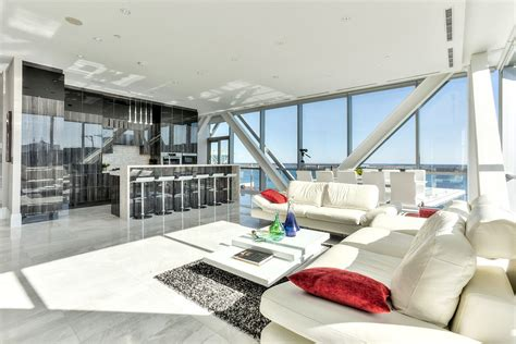 Urban Modern Interior Design by Elegant Toronto Waterfront Luxury Penthouse With Floor To