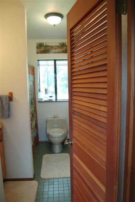 Bathroom Door Blinds Wood Bathroom Louver Door Wood Blinds And Shutter Doors Uk