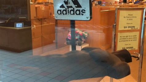 film it dan bell 廃墟のショッピングモール映像集 dead mall series に80年代の幽霊をみた ギズモード ジャパン