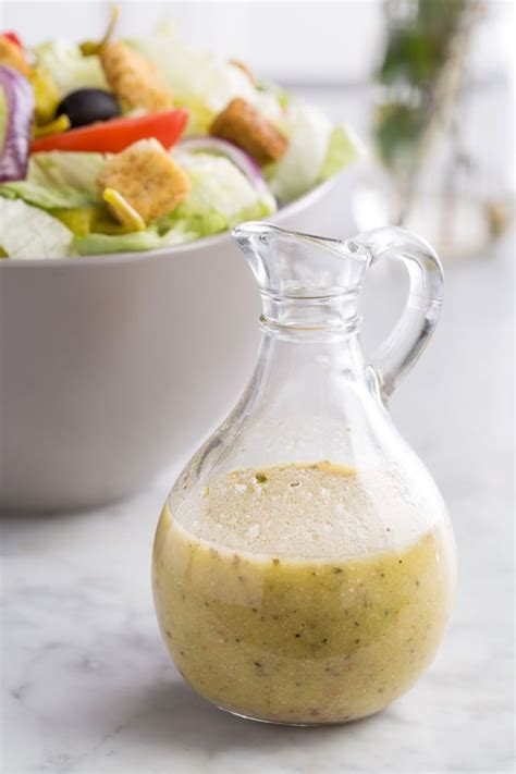 chicken with olive garden dressing our recipe for olive garden s salad dressing will make you want salad every gardens