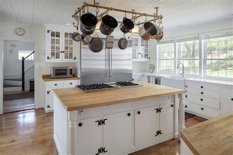 country kitchen east ct binnenkijken bij renee zellweger landhuis in landelijke