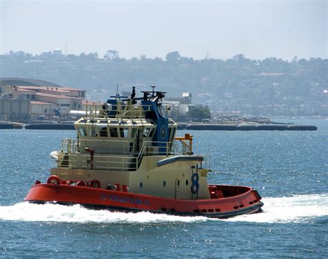 tugboat pics 1000 images about the amazing tug boats on pinterest
