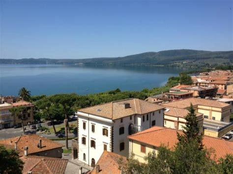 terrazze sul lago trevignano b b la terrazza sul lago trevignano romano roma 47