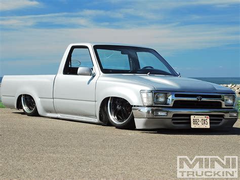 Custom 1990 Toyota 1990 Toyota Custom Toyota Trucks Mini Truckin