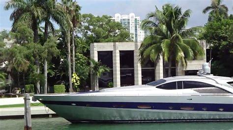 celebrity homes enrique iglesias miami house haammss miami star island boat trip julio iglesias youtube