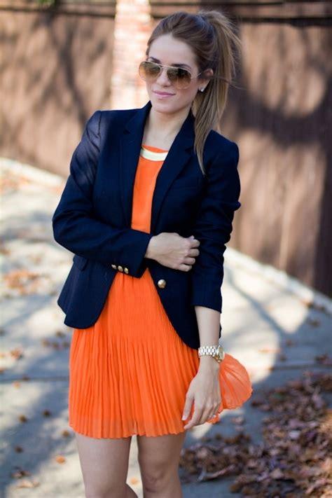 style roundup orange and blue tailgate