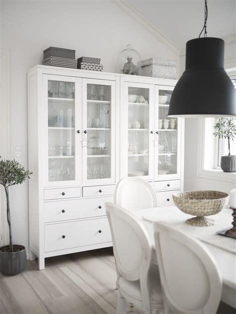 Ikea Dining Room Cabinets Copia Lo Stile Vetrine Hemnes E Lade Hektar Di Ikea Englemor Living Idee Dal Web