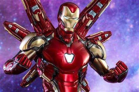 hot toys unveils avengers endgame iron man thanos