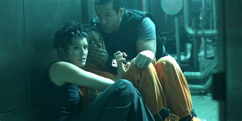 film colombiana adalah lockout 2012 review a cinephile s diary