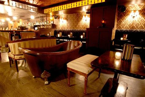 bathtubs nyc these are the top spots in nyc to sip gin and tonic