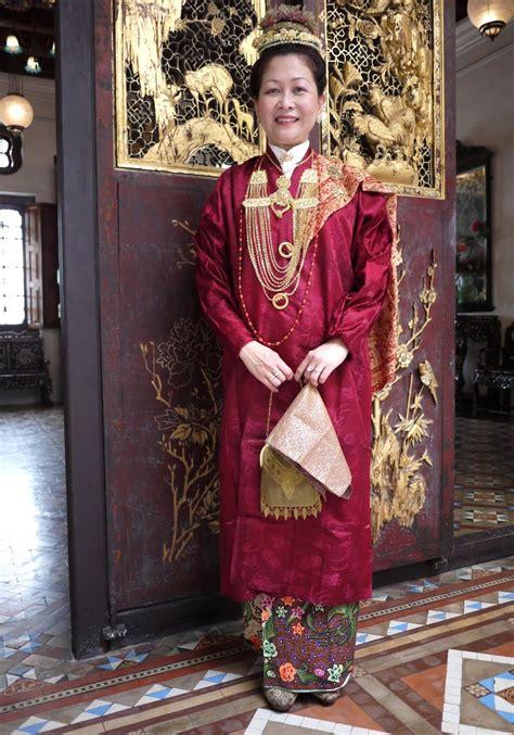 Kebaya Kurung Panjang baju panjang nyonya baba fashion inspiration kebaya