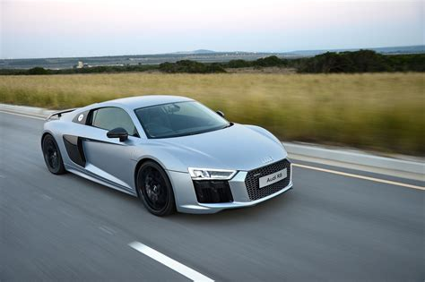 audi r8 review audi r8 v10 plus ignitionlive