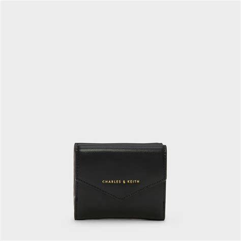 Dompet Charles Keith Envelope Black charles keith エンベロープショートウォレット envelope wallet