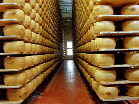 parmesan bank file parmigiano reggiano factory jpg